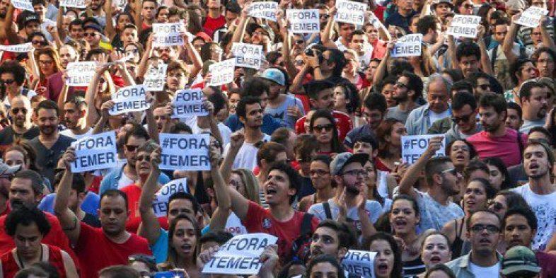 Assembleia nesta segunda-feira, 26/06, no Sindicato, define participação dos bancários na Paralisação do dia 30 contra a reforma trabalhista de Temer