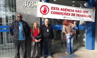Sindicato presta apoio aos colegas da agência Alto Petrópolis da Caixa, em Porto Alegre, assaltada a tiros na quinta-feira