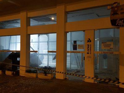 Quadrilha ataca agências do Banrisul e Sicredi em Maratá e Barão, no Vale do Caí, na madrugada desta segunda-feira