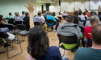 Em reunião mobilizada, colegas do Badesul e BRDE mostram força para enfrentar ameaças de entrega e criam Grupo de Trabalho