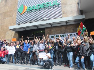 SindBancários chama bancários do Badesul para assembleia de decisão sobre acordo específico na quarta, 26/9
