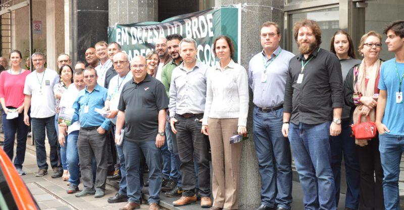 SindBancários convoca colegas do BRDE para assembleia de decisão sobre acordo coletiva na quinta, 13/12