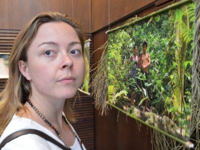 Exposição fotográfica na Casa dos Bancários ensina a importância de respeitar o exemplo de vida em três aldeias guarani de Viamão