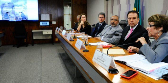 Reforma trabalhista terá que se submeter aos  direitos constitucionais, diz ministra do TST