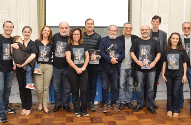 Participantes da 10a Oficina Literária do SindBancários receberã...