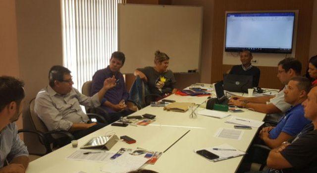 COE do Itaú apresenta reivindicações ao banco, em reuniã...