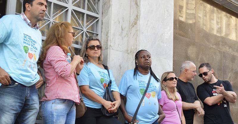 SindBancários realiza ato em defesa da Banrisul Cartões e anuncia ação judicial