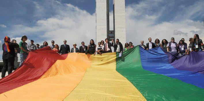 Dia Internacional de Luta contra a LGBTfobia marca resistência em meio à violência