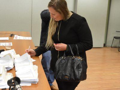 Sindicato já está entregando os cheques da ação contra o Bradesco pelas diferenças de integração da gratificação semestral do 13º salário