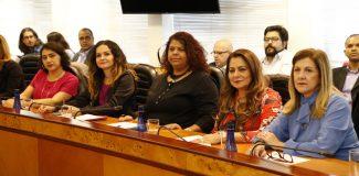 Mulheres na liderança dos bancários: 'Isso vai deixar de ser ponto fora da curva'