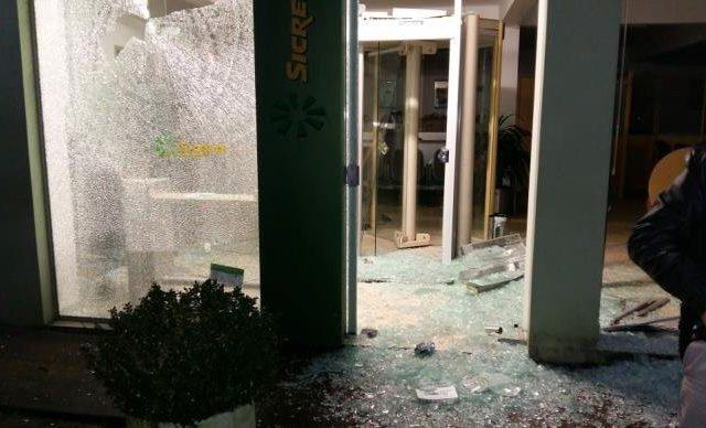 Criminosos atacam agência do Sicredi em S. Cruz do ...