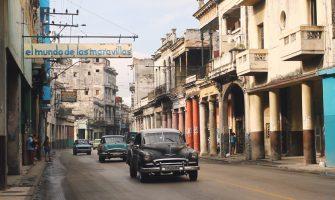 """""""Vinte Anos!"""", filme de Alice Andrade sobre mudanças da vida cotidiana em Cuba estreia no CineBancários no dia 26/07"""