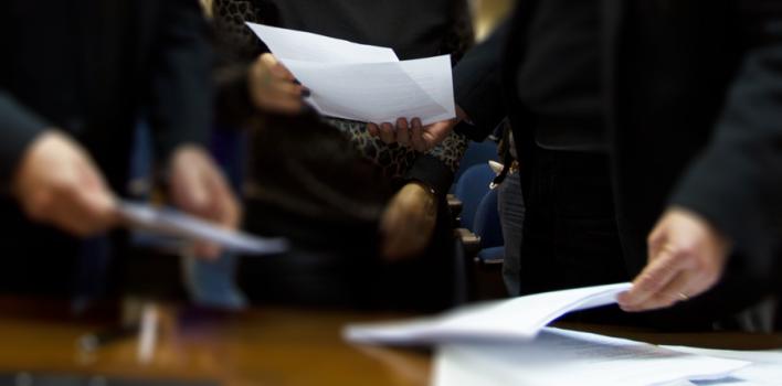 Desemperrou: SindBancários e Banrisul assinam acordo para ação de horas extras na gratificação semestral