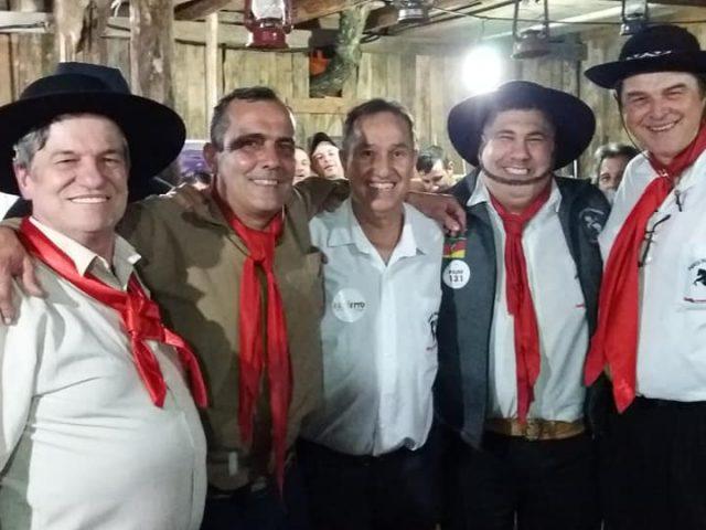 Abertura do Piquete dos Bancários no Acampamento Farroupilha reú...