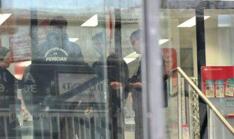 Ataques ao Santander no Centro de Porto Alegre no domingo e ao Bradesco de Encruzilhada no sábado