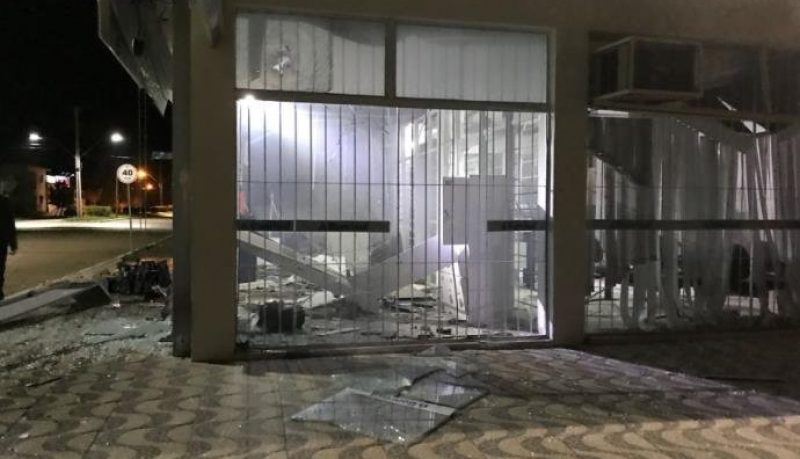 Quatro bancos são atacados no RS durante a madrugada desta terça, 14/08