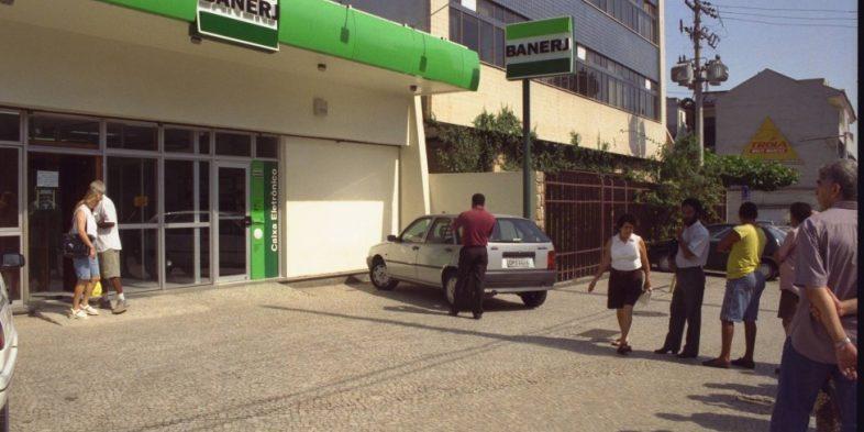 Dono do banco Prosper é preso no Rio em investigação sobre leilão do Berj, em 2010