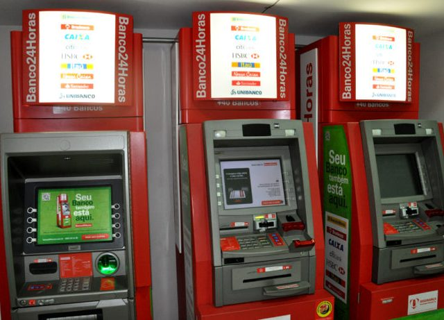 Abastecimento de caixas eletrônicos da Rede Banco24h pode ...