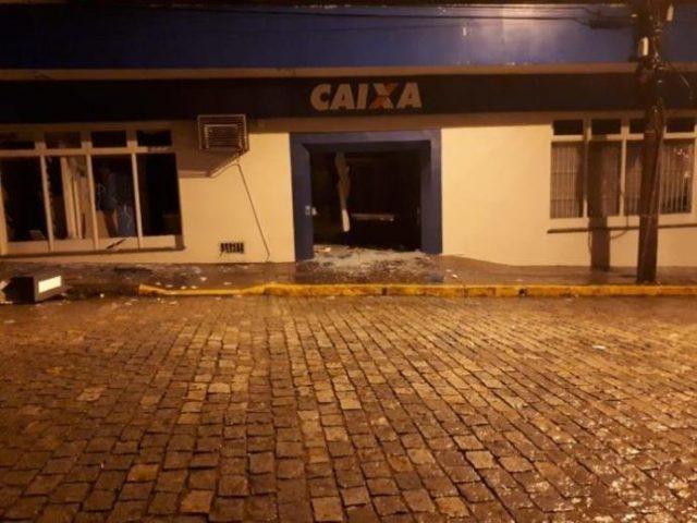 Após assalto a Caixa em Canguçu, no sá...