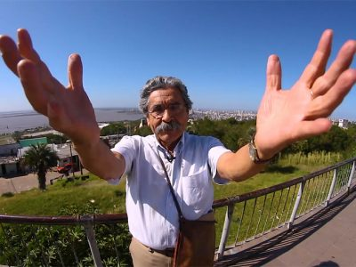 """CineBancários tem sessão especial de """"O Galo Missioneiro"""", documentário sobre Olívio Dutra, na segunda, 13/8"""
