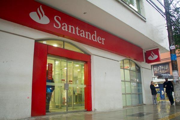 Santander lucra quase R$ 9 bi no Brasil nos nove meses ...