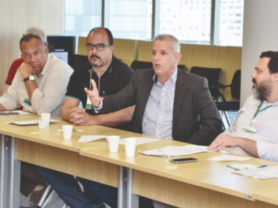 BNDES se compromete a apresentar proposta a empregados ainda nesta quinta-feira, 13
