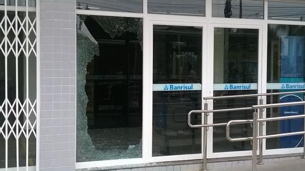 Tentativa de assalto a agência do Banrisul em Sapiranga ...