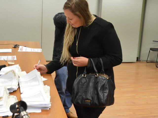 Sindicato já está entregando os cheques da ação contra ...