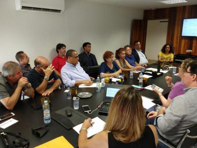 Em reunião com Santander, COE cobra solução para ...