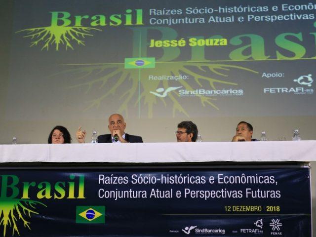 Jessé Souza desmonta a enganação de que somos ví...