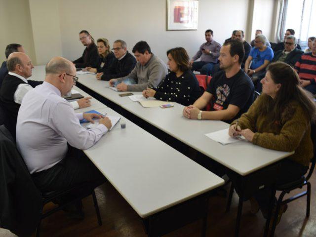 Banrisul apresenta proposta e Comando pressiona por avanços