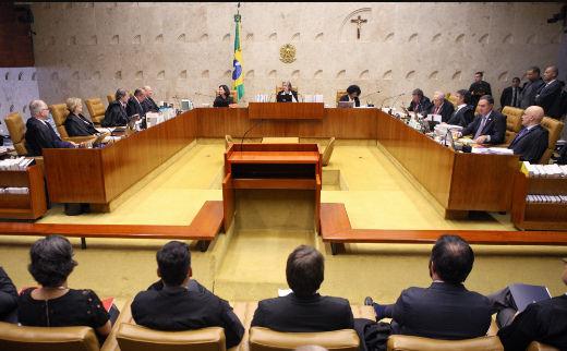 Renda da população brasileira retrocede, enquanto salário de ...