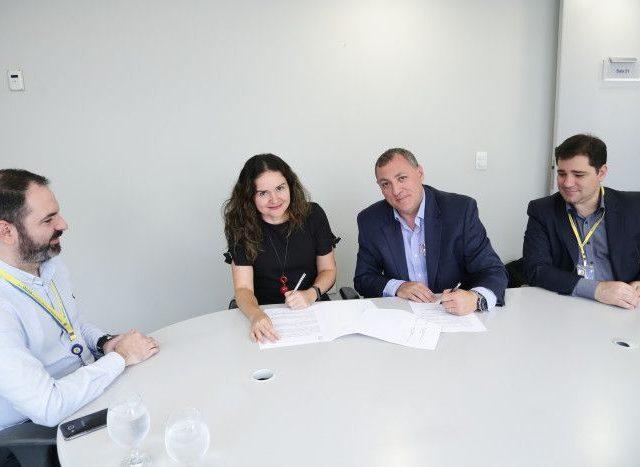 Contraf-CUT assina Marco Global entre o Banco do Brasil e ...
