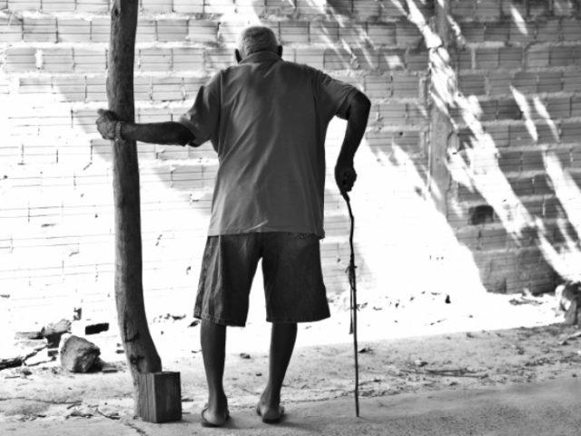 Previdência de Bolsonaro vai jogar na miséria idosos ...