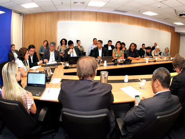 Negociação na mesa da Cassi continua com debate sobre ...
