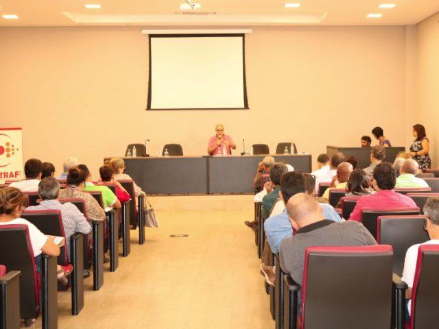 Seminário de saúde debate adoecimento bancário
