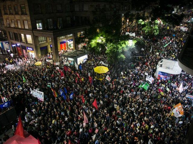 Estudantes chamam população para greve geral de 14 de junho