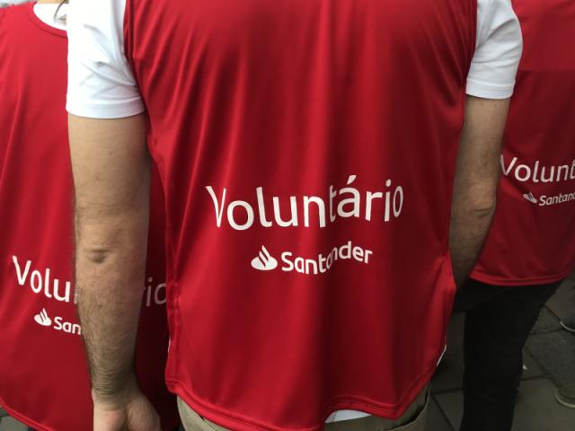 """Santander reduz projeto de """"orientação financeira"""""""