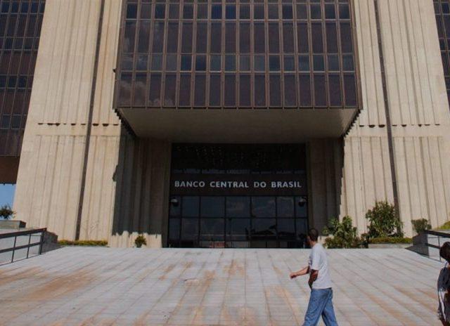 Banco Pan, Bradesco e Santander lideram lista de reclamações ...