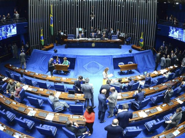Alcolumbre dá ao PT a relatoria da MP 905 no Senado