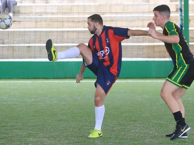 Futebol Sete estreia com goleadas