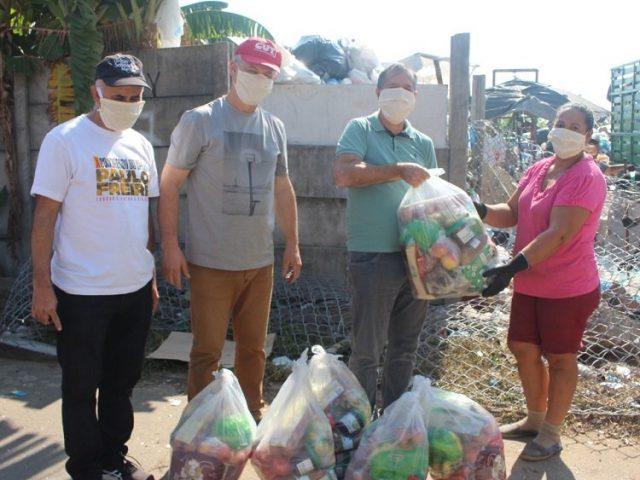 SindBancários, CUT e outras entidades distribuem solidariedade