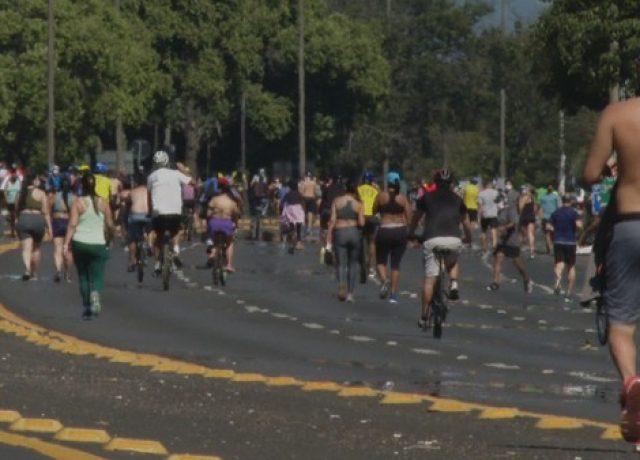 Quase 65 mil brasileiros já morreram de Covid-19 e a maioria é ...