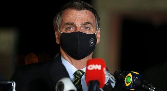 Pandemia: Congresso derruba veto de Bolsonaro ao uso obrigatório ...