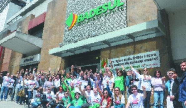 Colegas do Badesul aprovam ACT em assembleia