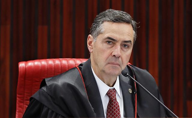 Barroso determina consulta obrigatória ao sindicato em caso de ...