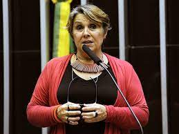 """CGPAR 23 é abusiva e ilegal"", diz a deputada federal Érika Kokay"
